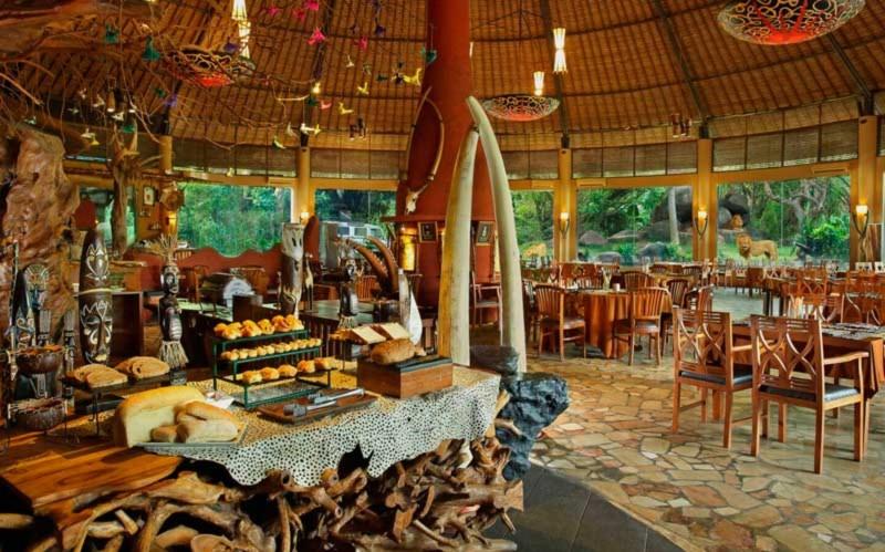 Tsavo Lion Restaurant di Taman Safari Bali
