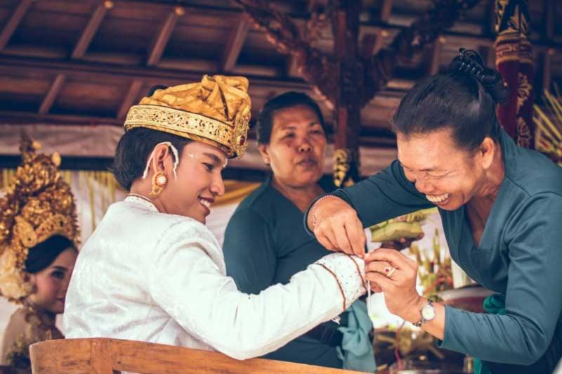 Udeng Bali Tradisional