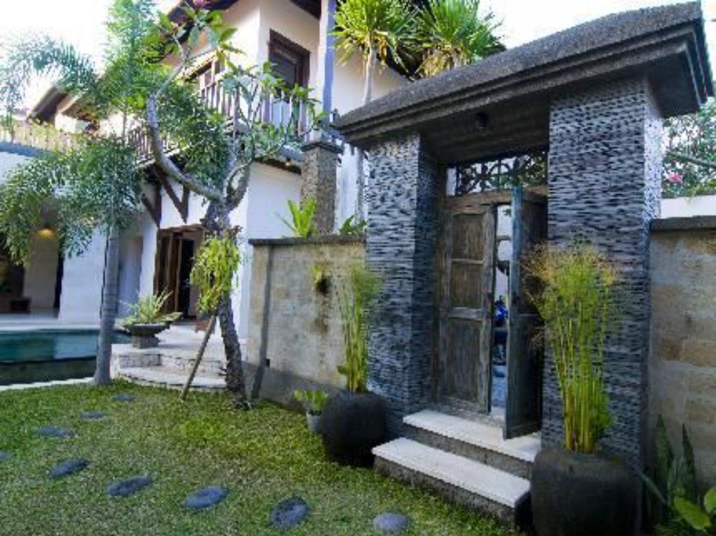 7 Inspirasi Angkul Angkul Bali Minimalis Dari Batu Alam
