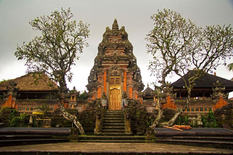 Model Pagar Rumah Orang Bali Bahan Batu Bata