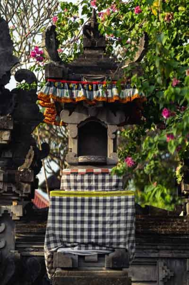 Balinese Shrine With About Balinese White And Black Square Cloth
