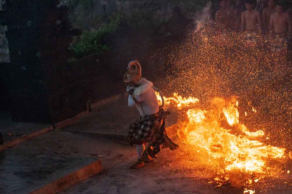 Hanuman Action in Fire Kecak Dance Uluwatu Bali