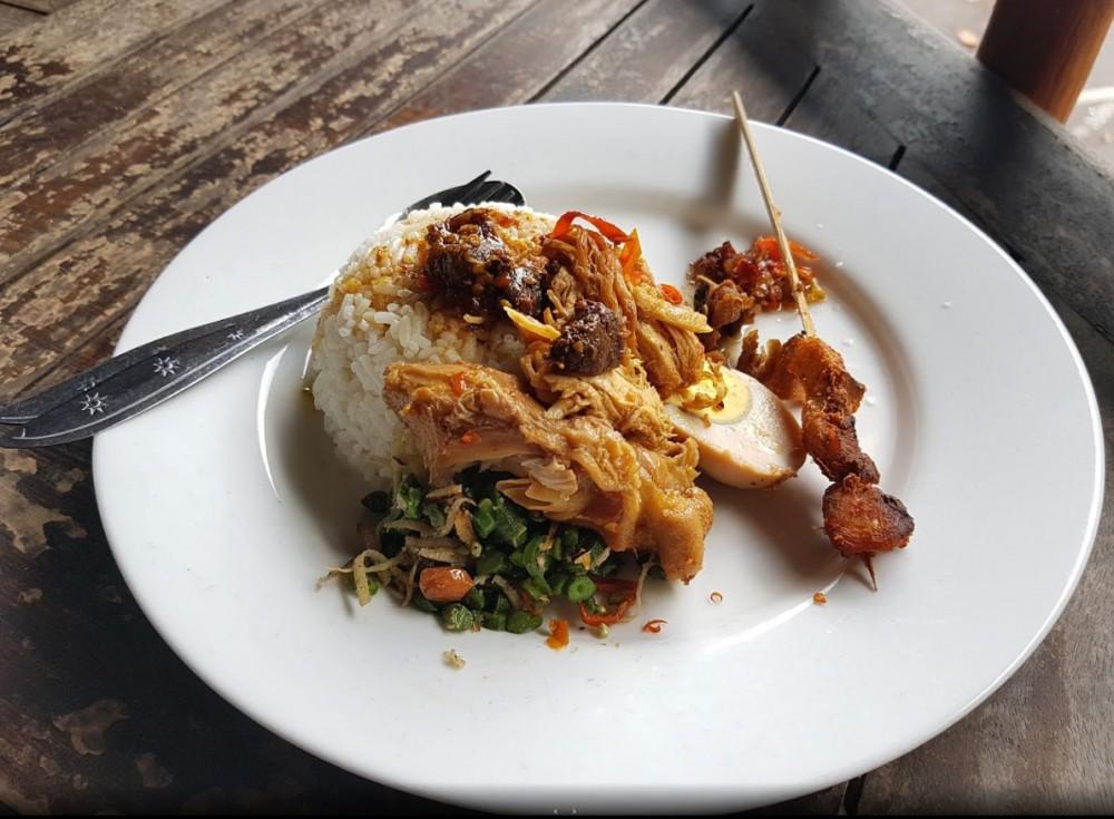 Nasi Ayam Kedewatan Uluwatu