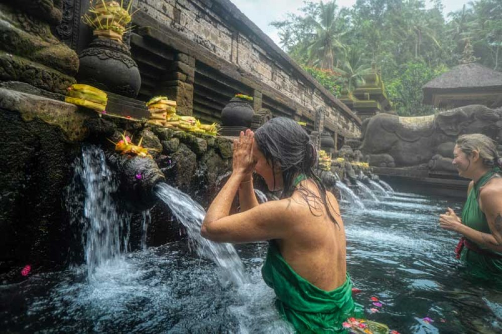 Purify Soul and Mind at Tirta Empul Temple