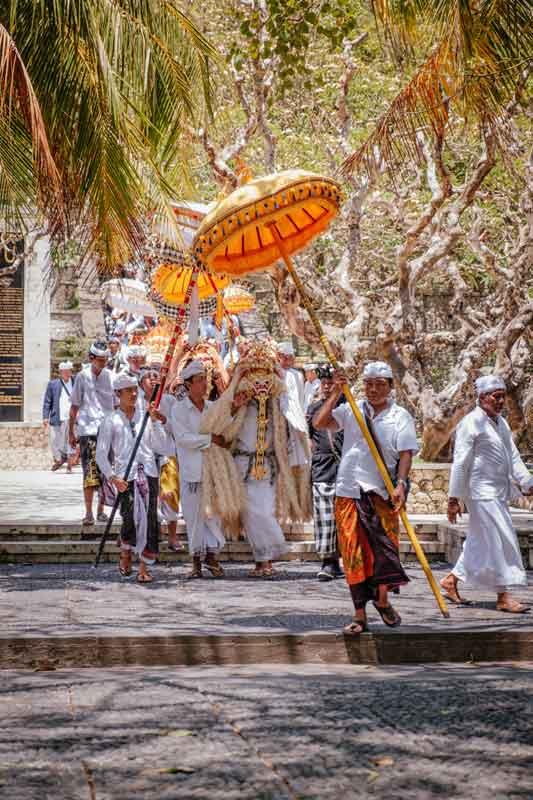 Uluwatu Temple Bali Dress Code